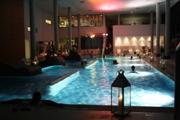 (c) LDB-Therme - Schwimmen bei Kerzenschein