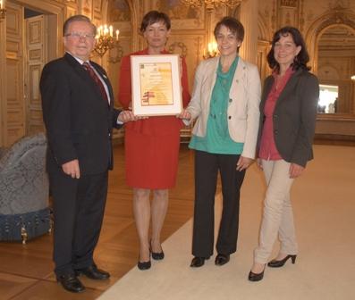 c Naturpark LDB Auszeichnung Tag der Regionen Auszeichnung für Lahn Dill Bergland