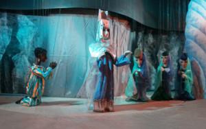 """c Schartenhof Königin der Nacht 300x188 Marionettentheater gedenkt mit Vorstellungen von Mozarts """"Zauberflöte"""" seinem Regisseur"""