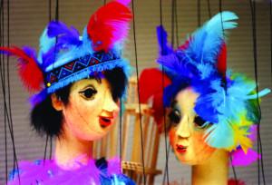 """c Schartenhof Papageno Papagena 300x204 Marionettentheater gedenkt mit Vorstellungen von Mozarts """"Zauberflöte"""" seinem Regisseur"""