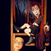 (c)Dillenburg_Figurentheater_Der-kleine-Vampir_Q