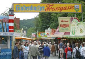 cGladenbach Kirschenmarkt2 300x209 Gladenbacher Kirschenmarkt