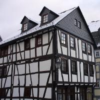 (c)Herborn_aeltestesWohnhaus_Q
