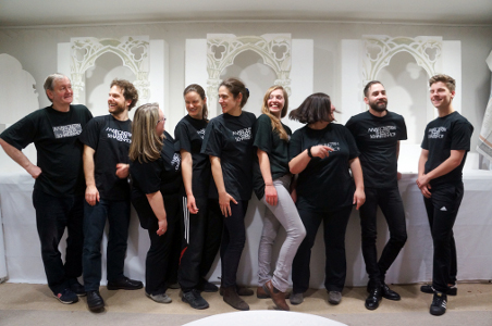 c Ensemble Fledermaus 16 Das Powerteam aus Eckelshausen: Marionettentheater Schartenhof