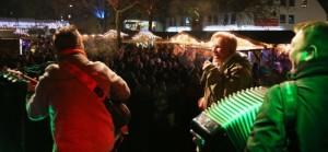 c Haiger hoergeraet 300x139 Die Eisbahn feiert ihr Comeback am Steigplatz