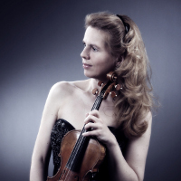 (c)_Jeanne Christée_Violinsitin_Q