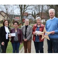 c Lahn Dill Bergland Spende Kindergarten Bottenhorn Q Holzsterne lassen Kindergärten strahlen