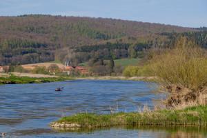 27_Kanutour_auf_der_Weser_im_Naturpark_M__nden__c__Ralf_K__nig