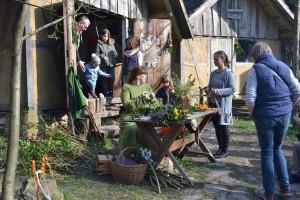 4 Basteln von Fr%C3%BChlingsschmuckc U. Zander Platner1 300x200 24. März 2019: Frühlingsfest in Steinrode