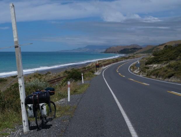 Am Highway No.1 auf Neseelands Südinsel Foto Thomas Fitzk cu2t 620x469 Neuseeland per Rad   Vortrag von Thomas Fitzke am 13.3.2019