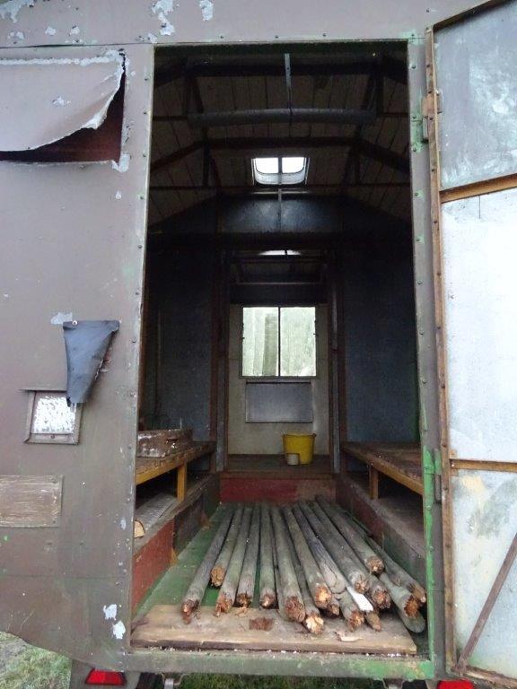 DSC01129 Ein ausgedienter Bienenwagen wird Juniorranger Wagen