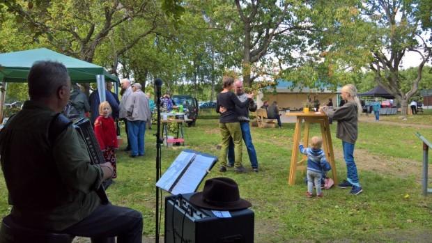 WP 20190928 14 00 32 Pro 620x349 Schön war´s: Das Herbstfest 2019 am Karower Meiler