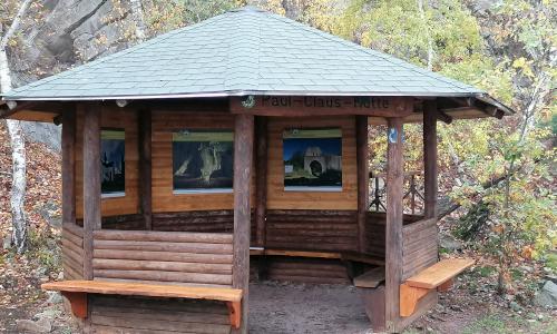 IMG 20201112 111903text Frisch renoviert: Paul Claus Hütte am Rheinsteig