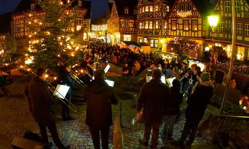Idsteiner Weihnachtsmarkt Foto Jürgen Wulfert 002 groß Drei Tage Idsteiner Weihnachtsmarkt 2016