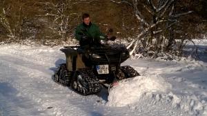 Schneeschieben-ATV-Einsatz
