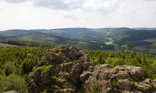 20170426 Bruchhauser Steine Innenteil1 Naturpark Sauerland Rothaargebirge ist erster Naturpark mit Nationalem Naturmonument