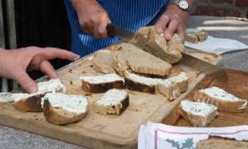 20170512 Brotbacken innen Juni und Juli 2017: Brot backen in Wenholthausen