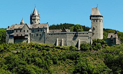 Burg Altena2 01.05.   30.10.: Offene Führungen durch die Museen der Burg Altena