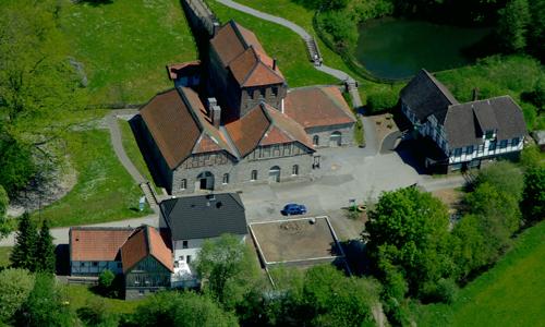 Die Luisenhütte aus der Vogelperspektive betrachtet c MK   Innen Wandertipp: Rund um das Naturparkjuwel Luisenhütte in Balve Wocklum