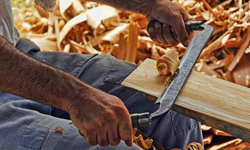 Foto Innenteil Holz Arbeiten mit frischem Holz