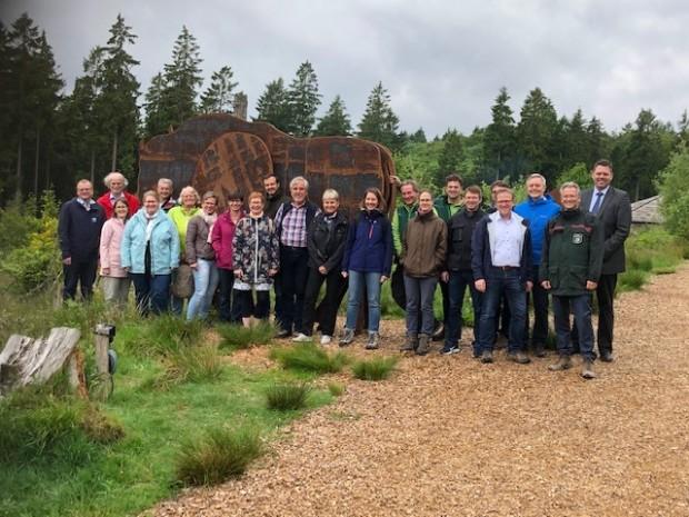Mit begeisternden Eindrücken aus der Wisent Welt treten die Teilnehmer der Dienstbesprechung ihren Heimatweg an c Naturpark Sauerland Rothaargebirge 620x465 Zu Gast im Naturpark