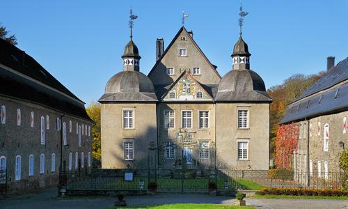 Schloss Neuenhof innen 20. September: Wasserschloß Neuenhof und Stilleking