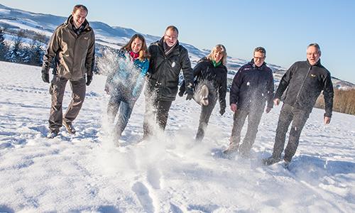 Team im Schnee Geschäftsstelle ist nun komplett