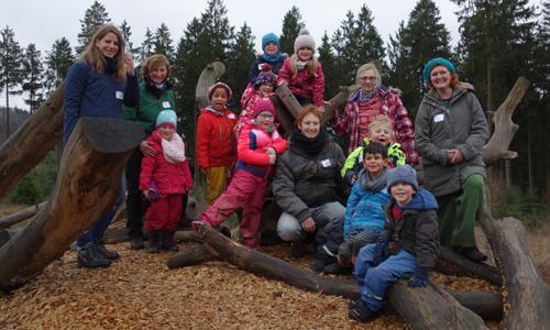 WisentWildnis innen Schulen und Kitas auf Entdeckungsreise in der winterlichen Natur