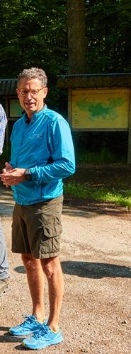 Foto 1 Lutz Natur Prominent: Bürgermeister Michael Lutz stellt Waldenbuch und den Herzog Jäger Pfad vor