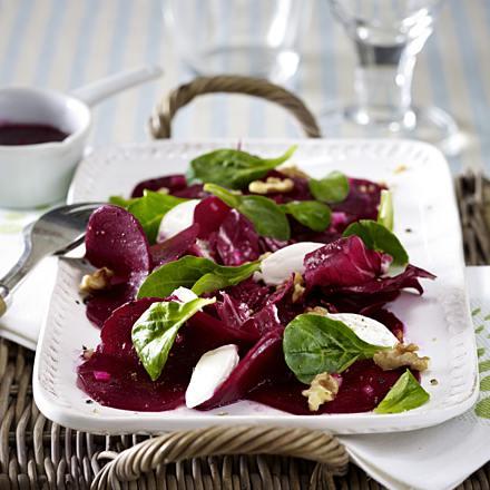rote bete salat mit ziegenfrischkaese F3956801id087c163ableckerw440h440cgc Empfehlung aus dem Schönbuch: Rote Beete–Salat mit Ziegenfrischkäse