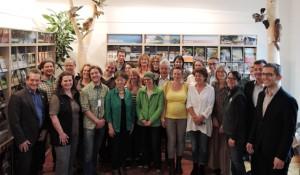 22 neue Naturparführer bei ihrer Zertifikatsübergabe