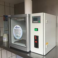 Frische Milch zum Selberzapfen aus dem Automaten