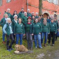 Gruppenbild mit Biber: Die Naturparkführer im Naturpark Schwäbisch-Fränkischer Wald