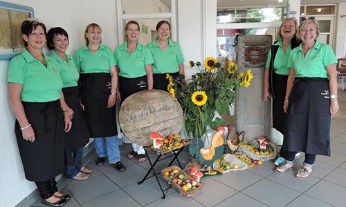 DSCN3388 Die Landfrauen in Oberrot beim Naturparkmarkt