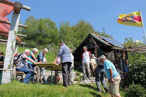 2018 04 12 Wandern und Genuss auf dem Engelsberg021 Weinwanderung in Bühlertal