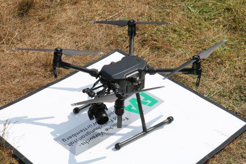 Drohnen LüfüKü Drohne Artikelbild Lücken für Küken zum Schutz des Auerwilds