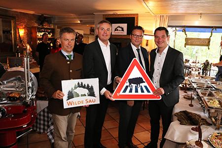 Start02 Forstminister Peter Hauk gibt Startschuss für Pilotprojekt