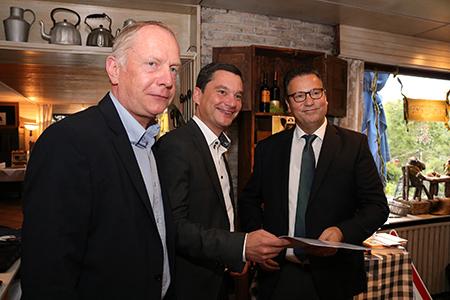 Start03 Forstminister Peter Hauk gibt Startschuss für Pilotprojekt