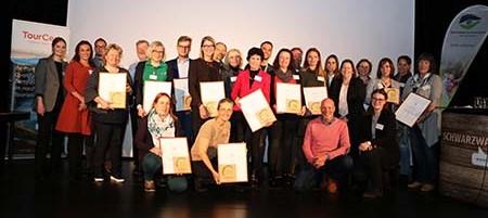 Tourismus01 Nachhaltige Partnerbetriebe offiziell ausgezeichnet