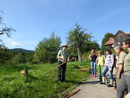Zertifizierung03 Naturpark und VHS zeichnen neue Schwarzwald Guides aus