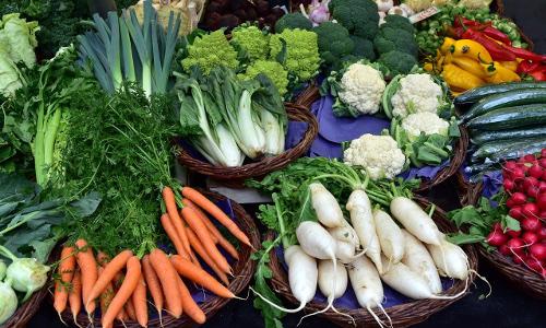 Gemüse Markt pixabay 500x300 Netzwerk regionaler Produzenten und Aufbau einer Marktschwärmerei