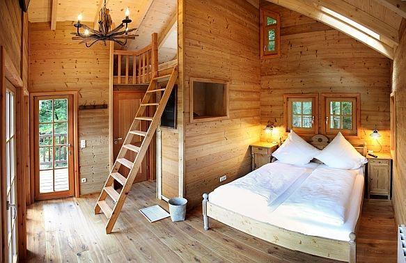 Baumhaushotel innen 350x500 Tag der offenen Tür beim Baumhaushotel Seemühle