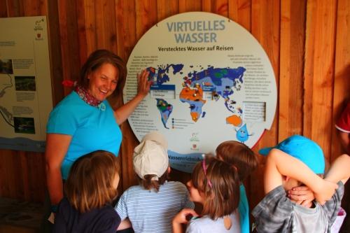 Führung im Wassererlebnishaus Philipp Fey Wasser hautnah erleben