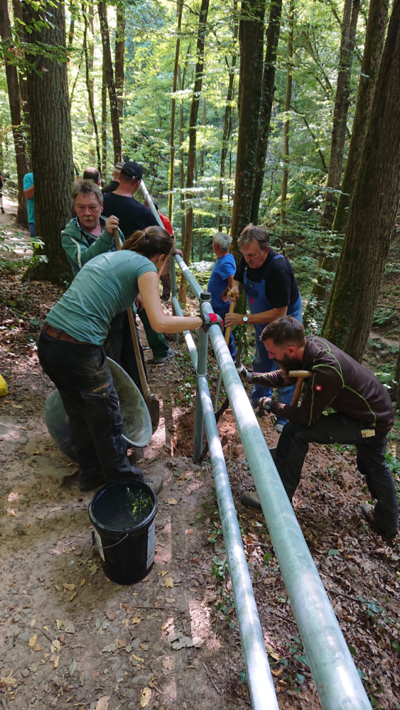 Geländerbau Trettstein 2 JBruhn Wanderweg zum Trettstein wieder sicher begehbar