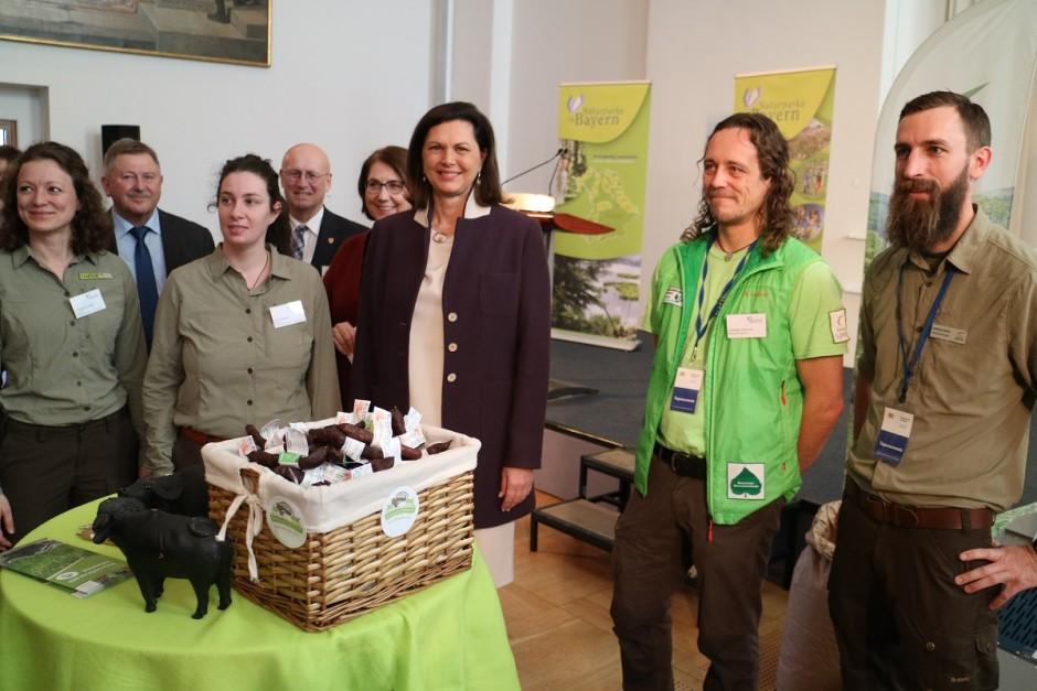 IMG 1805 940x627 Naturparke präsentieren sich im Bayerischen Landtag