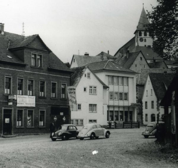 Marktplatz Anderlohr klein Wanderausstellung zum 50 jährigen Jubiläum des Naturpark Spessart