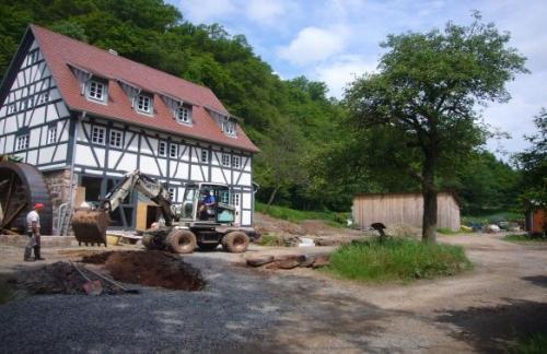 Seemühle neu 300x500 Die Mühlenliebhaber und Wipfelstürmer von Gräfendorf
