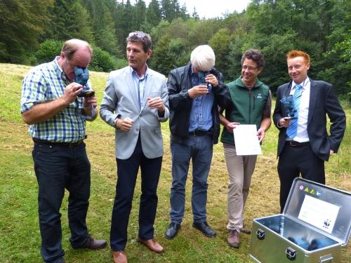 Stereolupentest Schautafeln und Binokulare für das Wassererlebnishaus in Rieneck