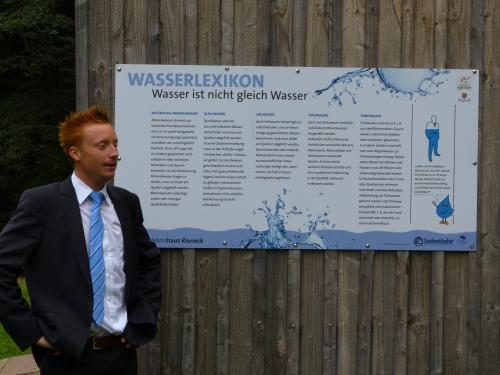 Trink u. Mineralwasser Schautafel Schautafeln und Binokulare für das Wassererlebnishaus in Rieneck