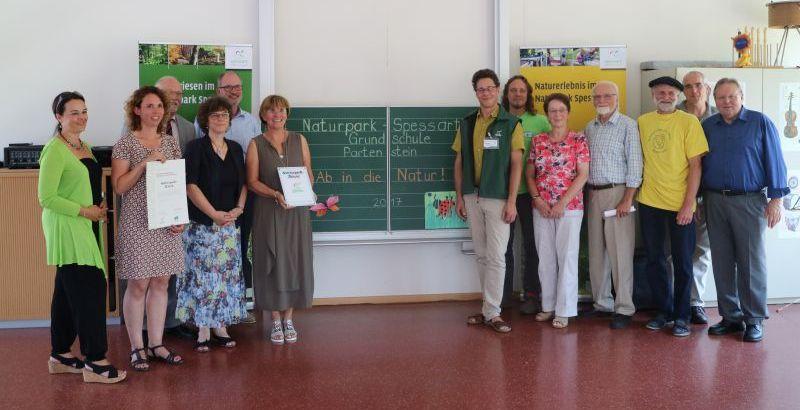Zertifizierung1 Partensteiner Grundschule als Naturparkschule zertifiziert